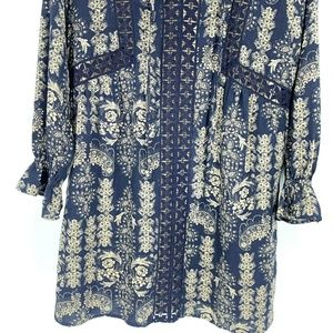 Skies Are Blue Dresses - Skies Are Blue Shift Dress Long Sleeve Floral
